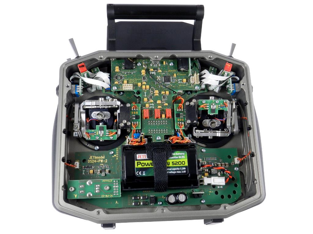 DS-16 II Inside